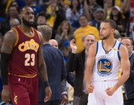 Cavaliers face distractions while Warriors hit their stride