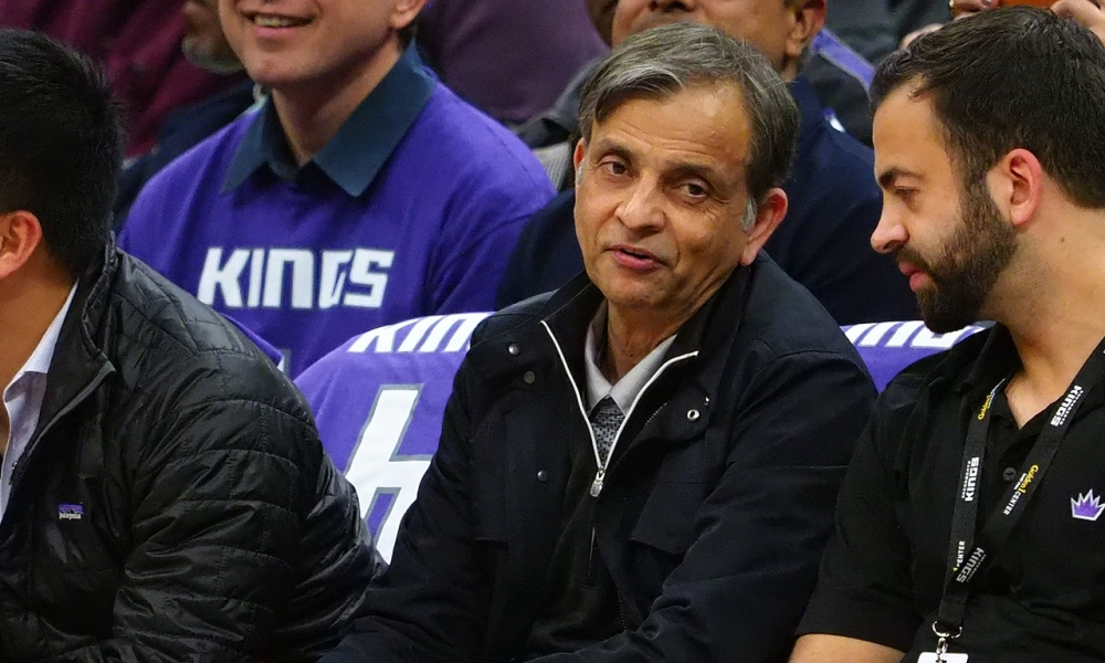 Vivek Ranadive during a Kings game