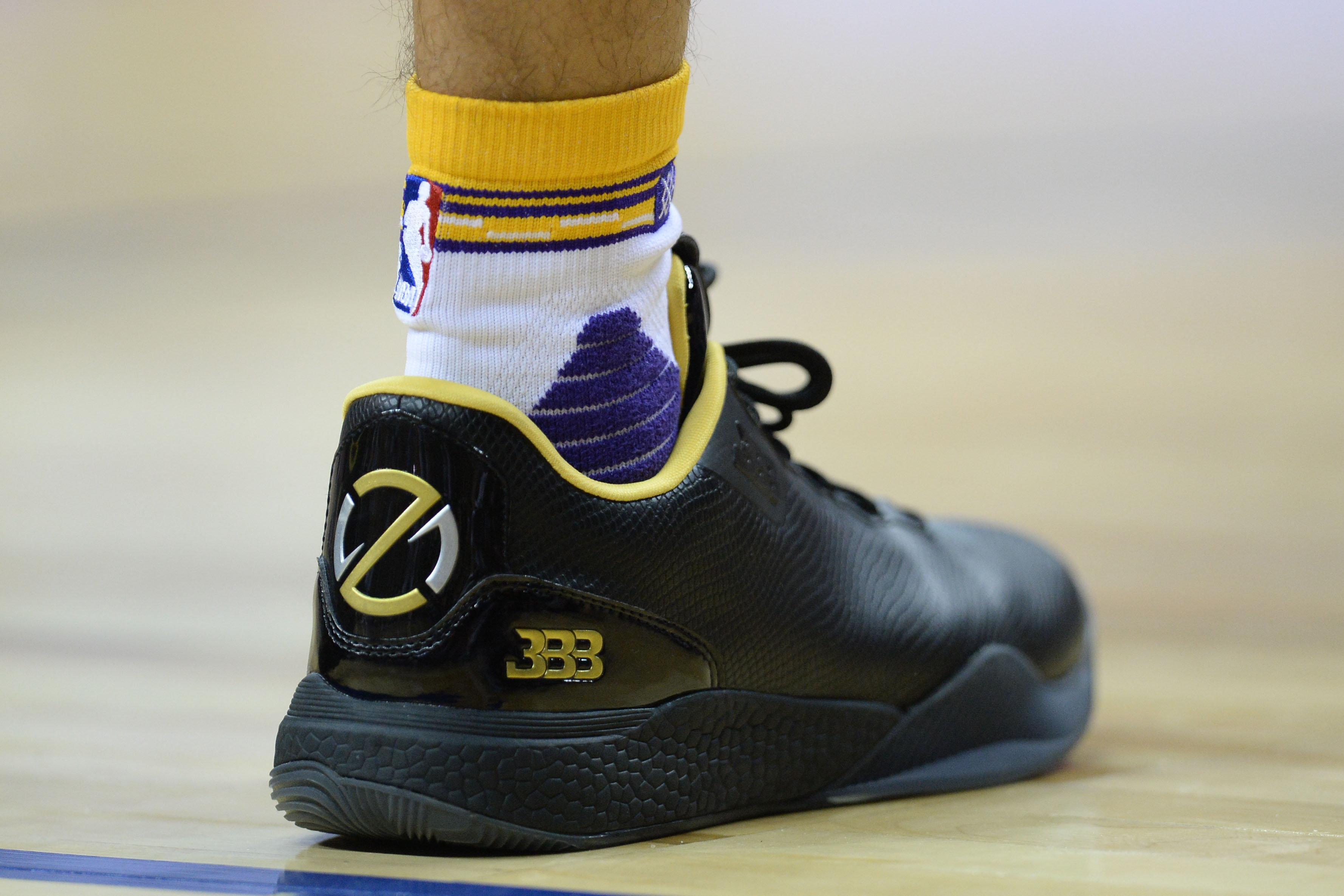 Which 2017 NBA rookies have shoe deals