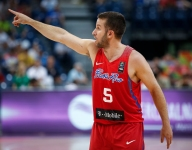 Mark Cuban gave JJ Barea the team jet to fly resources to Puerto Rico
