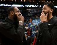 Anthony Davis reportedly approves of Lakers coach Luke Walton
