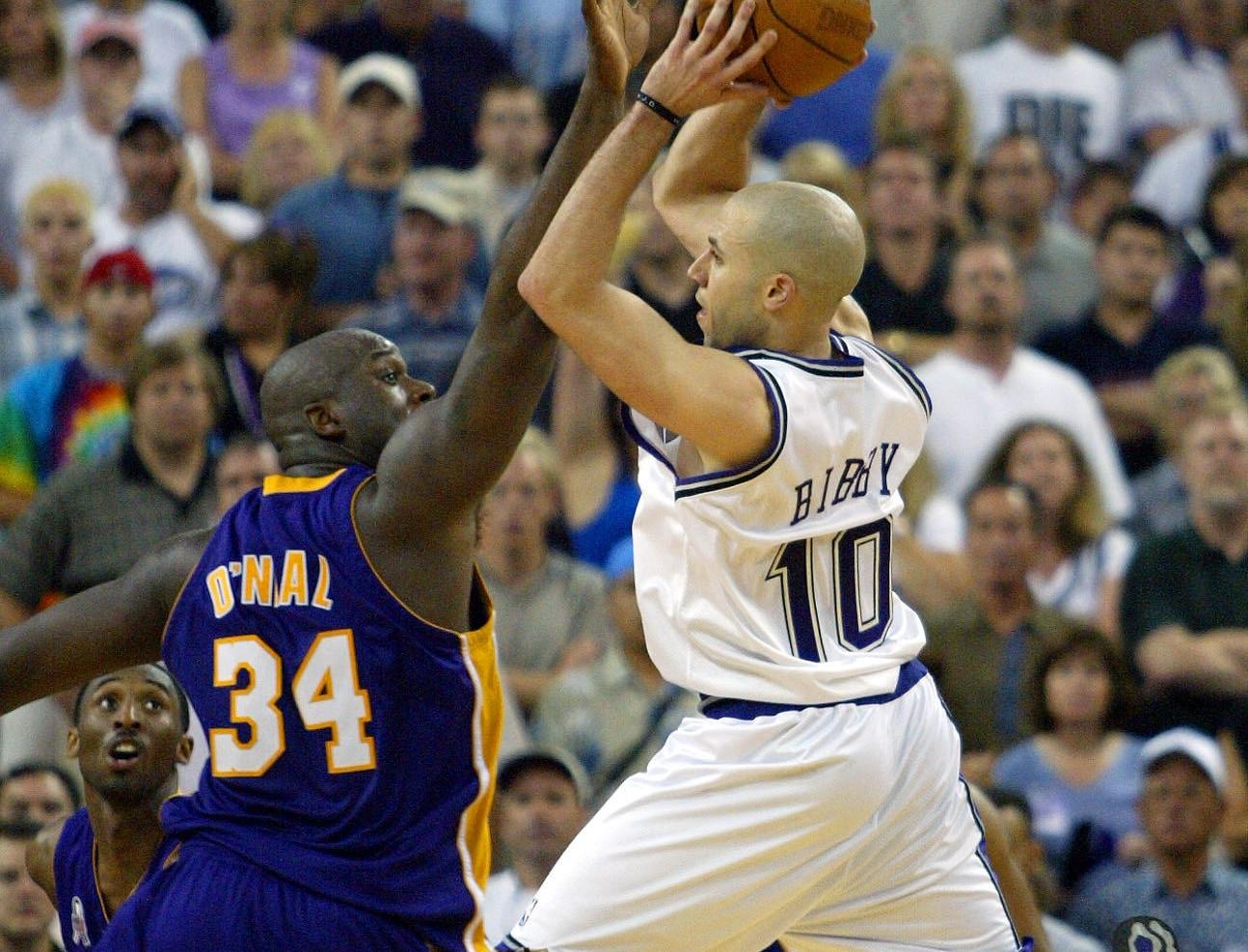 Mike Bibby vs. Lakers