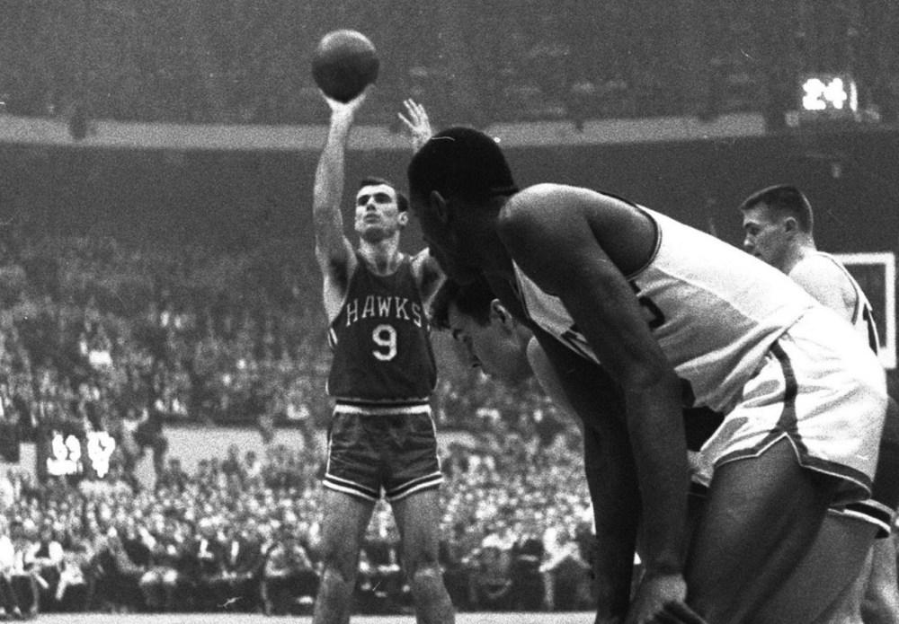 Bob Pettit vs. Boston Celtics