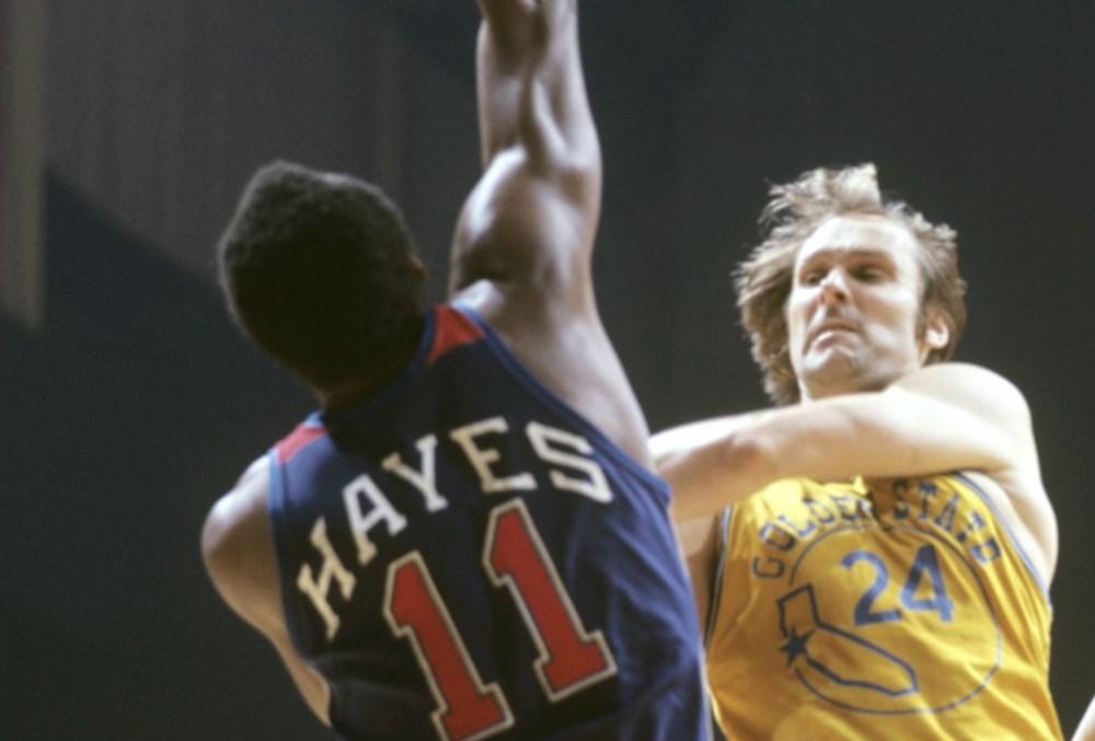 Elvin Hayes vs. Rick Barry