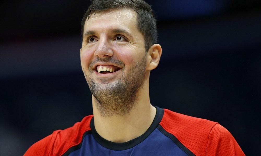 Nikola Mirotic smiles