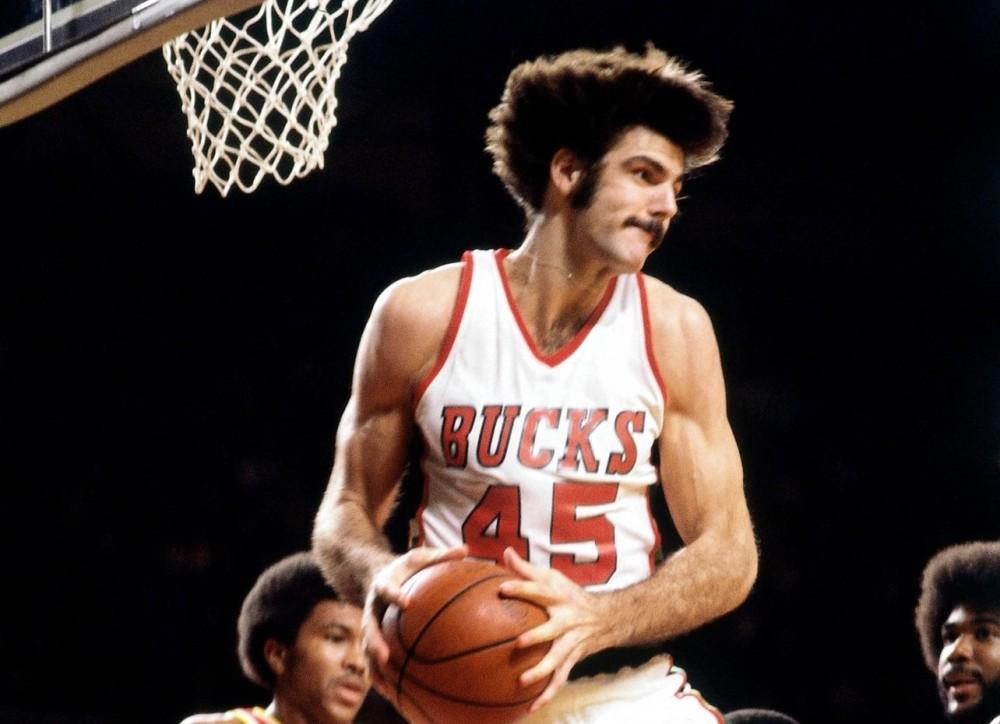 Scott Lloyd, Milwaukee Bucks