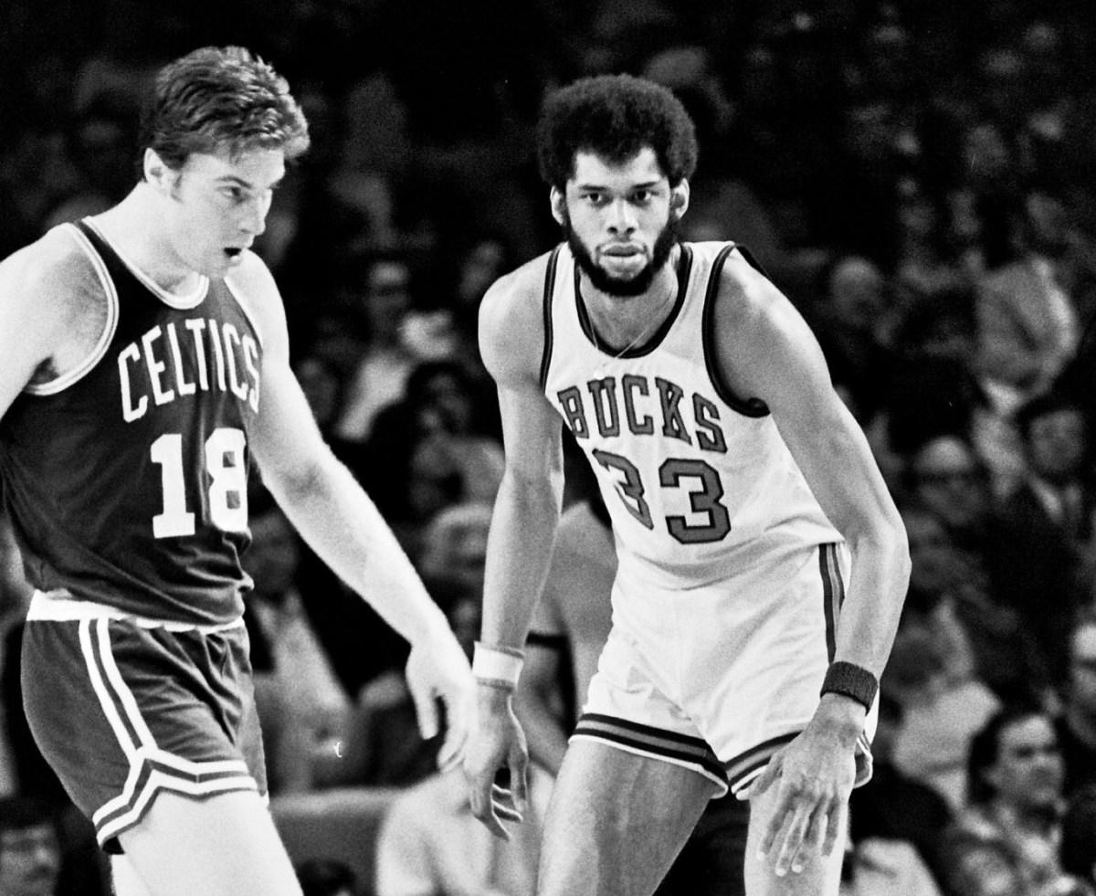 Dave Cowens vs Kareem Abdul-Jabbar 1973