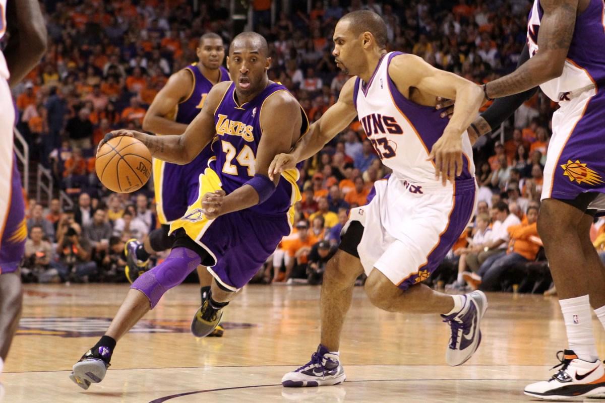 Kobe Bryant vs. Grant Hill