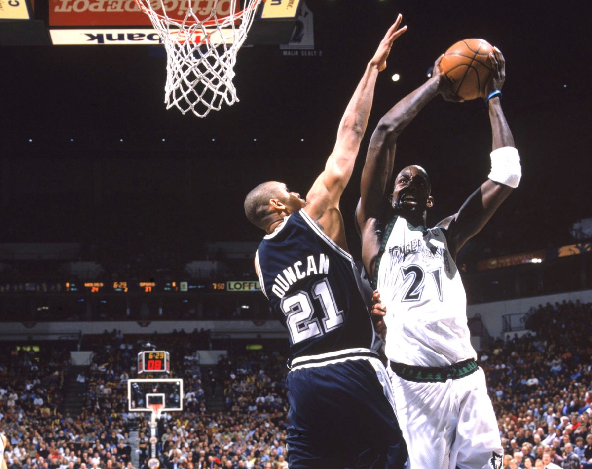 Kevin Garnett vs Tim Duncan