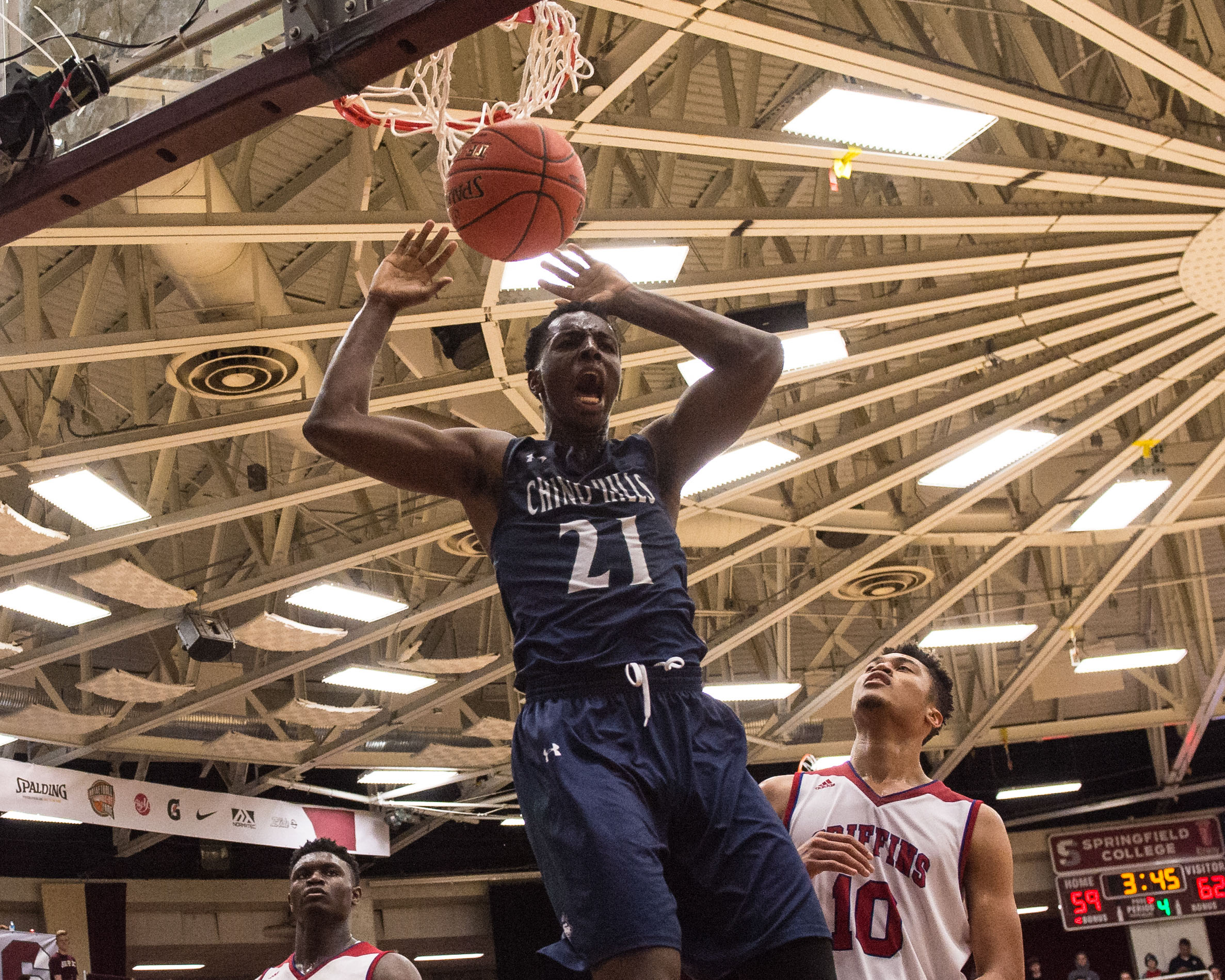 Jan 13, 2018; Springfield, MA, USA; Chino Hills High School, CA Huskies power forward Onyeka Okongwu (21) dunks the ball against Spartanburg Day School, SC Griffins at Springfield College. Mandatory Credit: