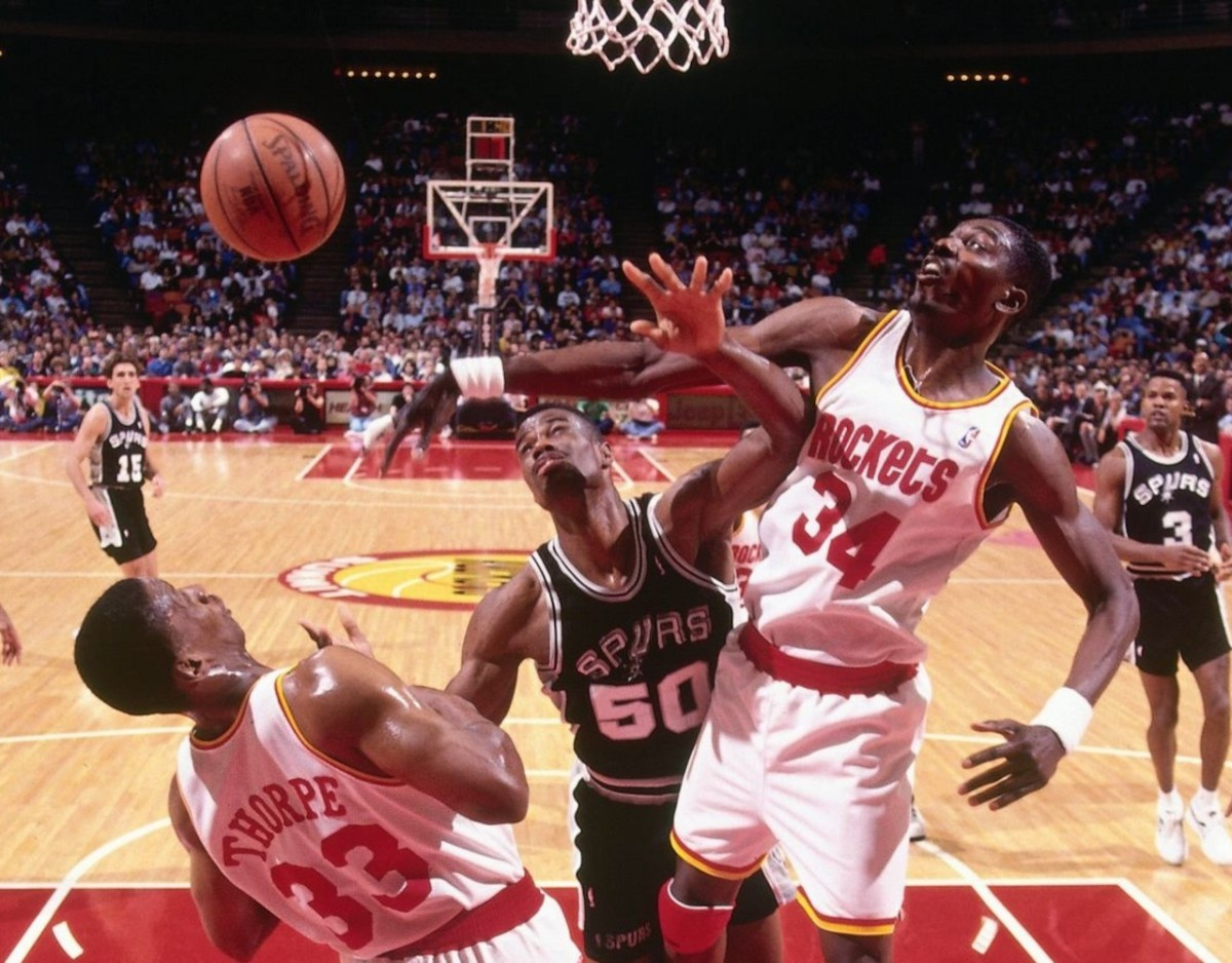 Hakeem Olajuwon vs David Robinson