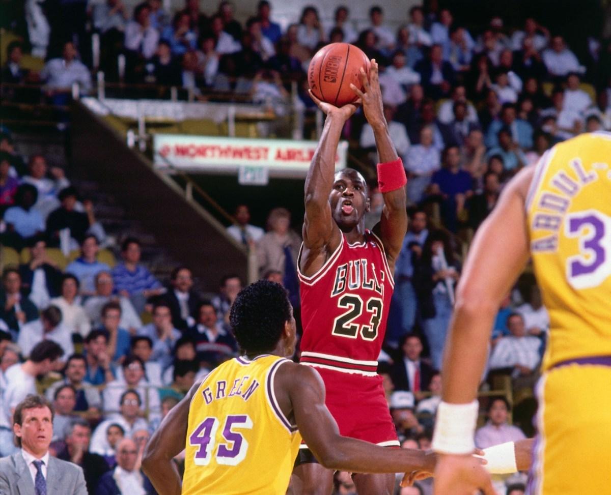 Michael Jordan vs. Lakers