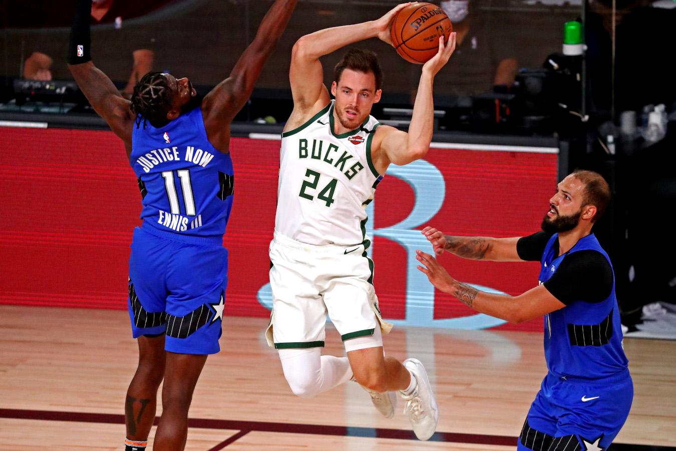 Pat Connaughton, Milwaukee Bucks