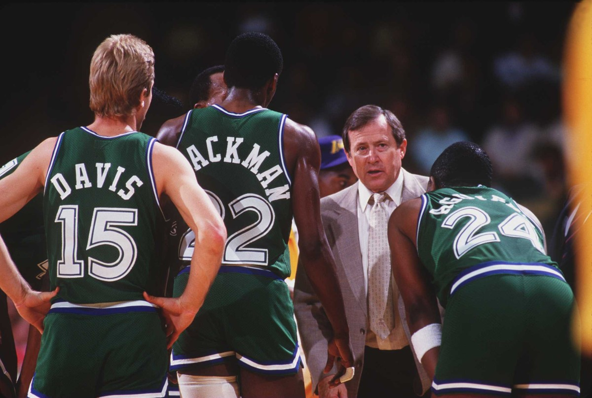 Dick Motta, Mavericks