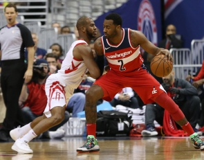 Here's what Chris Paul turned into for the Rockets
