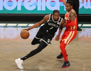 NBA media poll: Kevin Durant is the early favorite for MVP