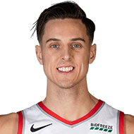 Blazers not extending qualifying offer to Zach Collins