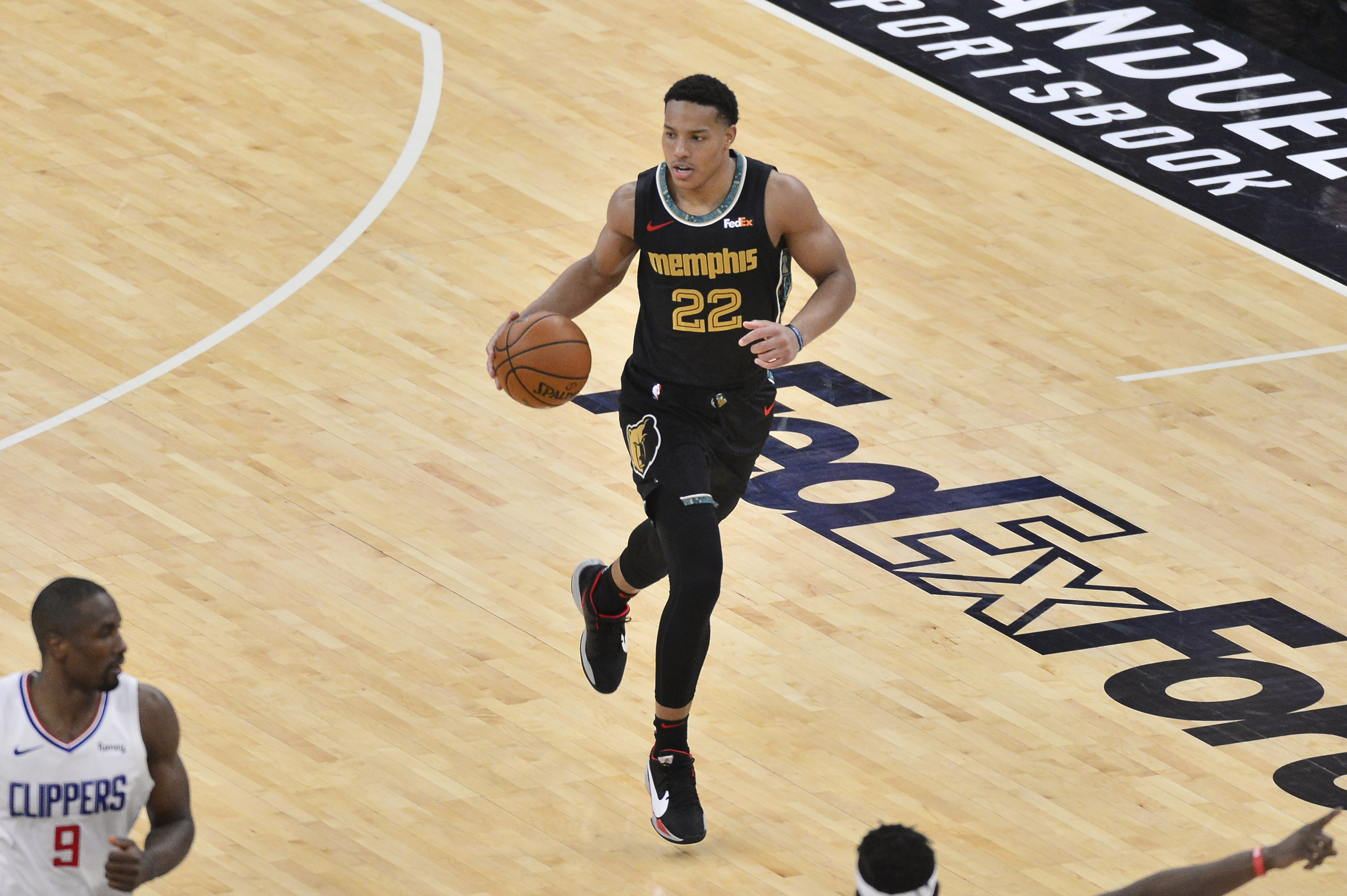 Memphis Grizzlies guard Desmond Bane (22) plays in the first half of an NBA basketball game against the Los Angeles Clippers Friday, Feb. 26, 2021, in Memphis, Tenn.