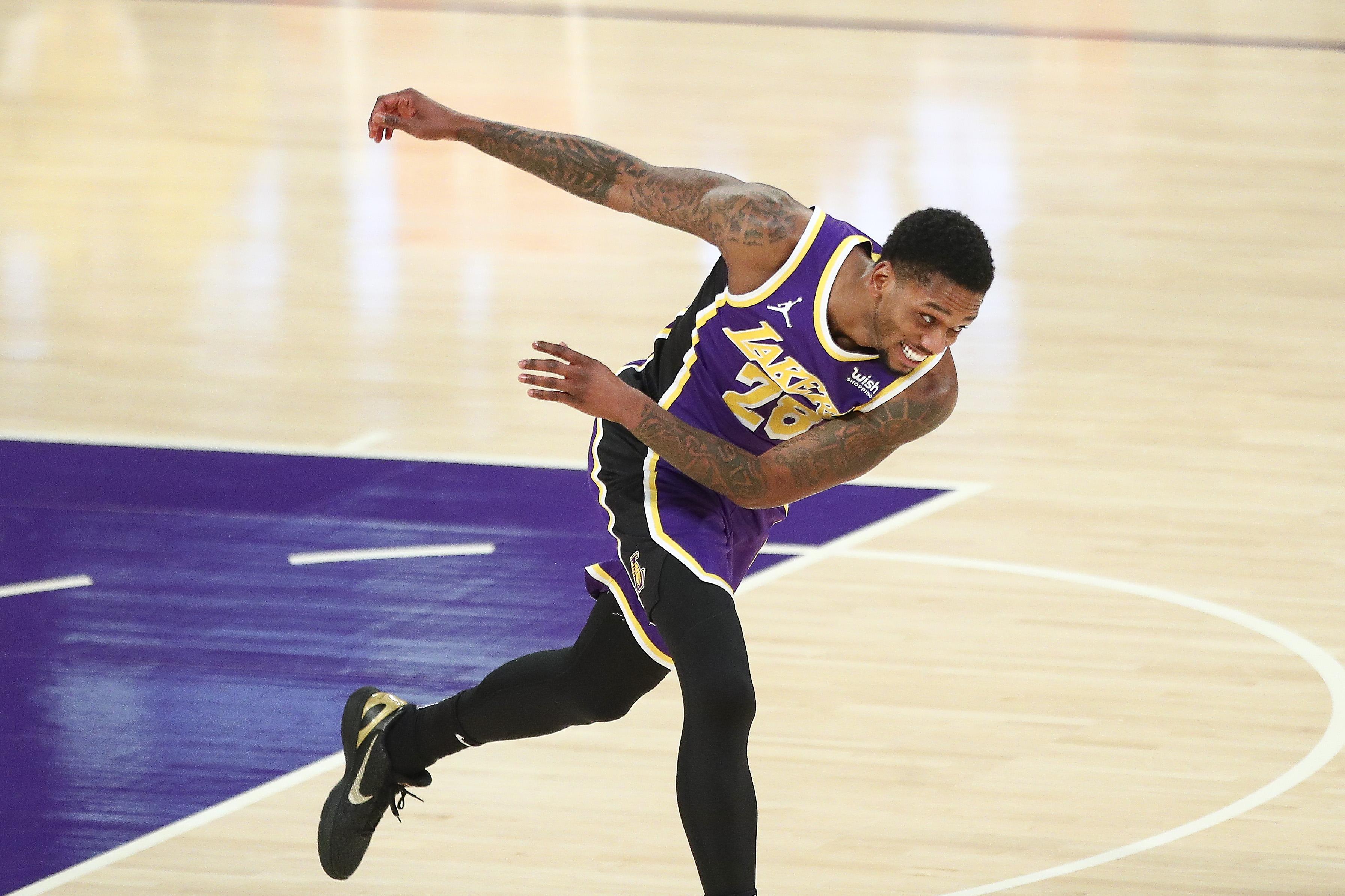 Alfonzo McKinnie, Los Angeles Lakers
