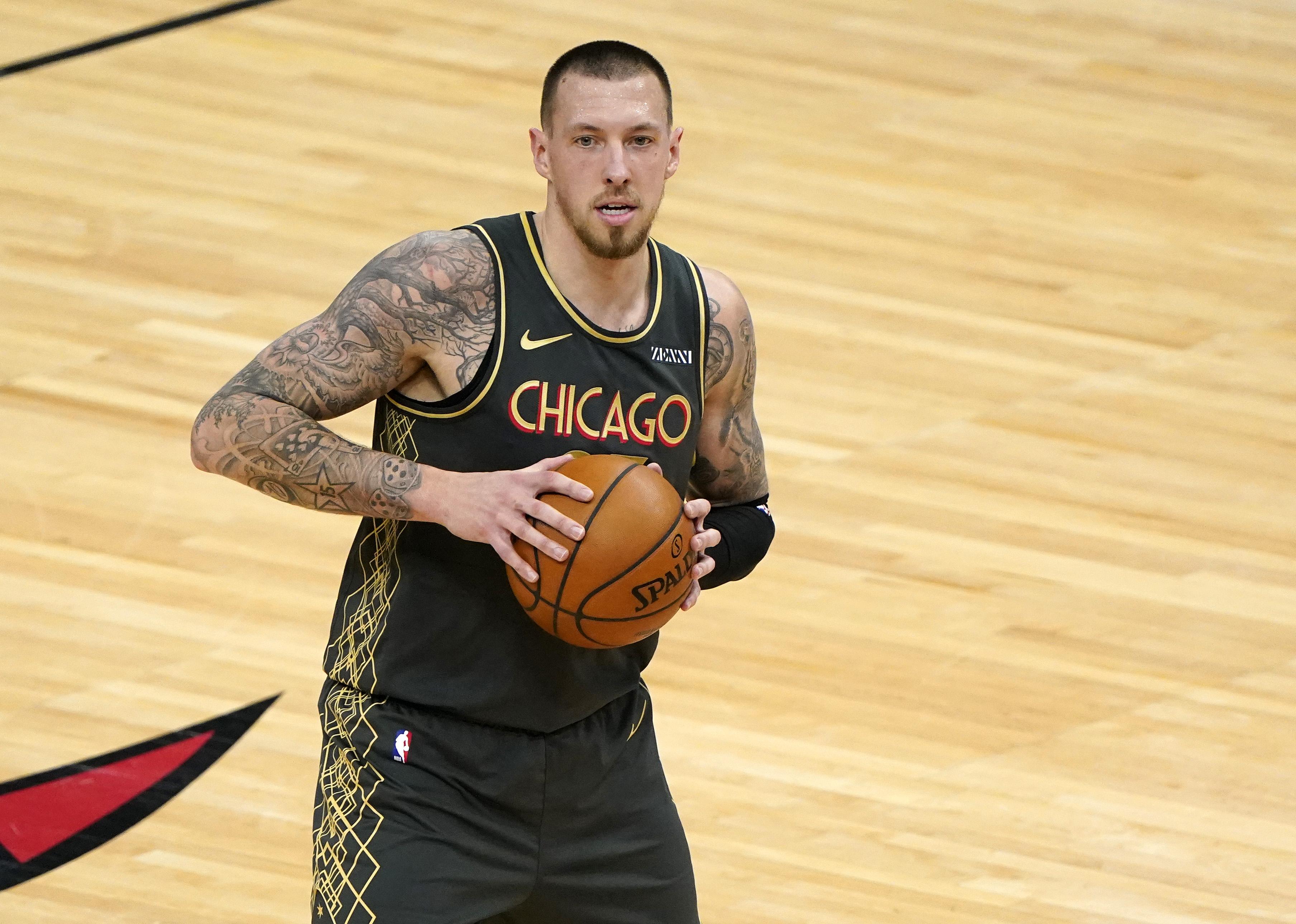 Daniel Theis, Chicago Bulls