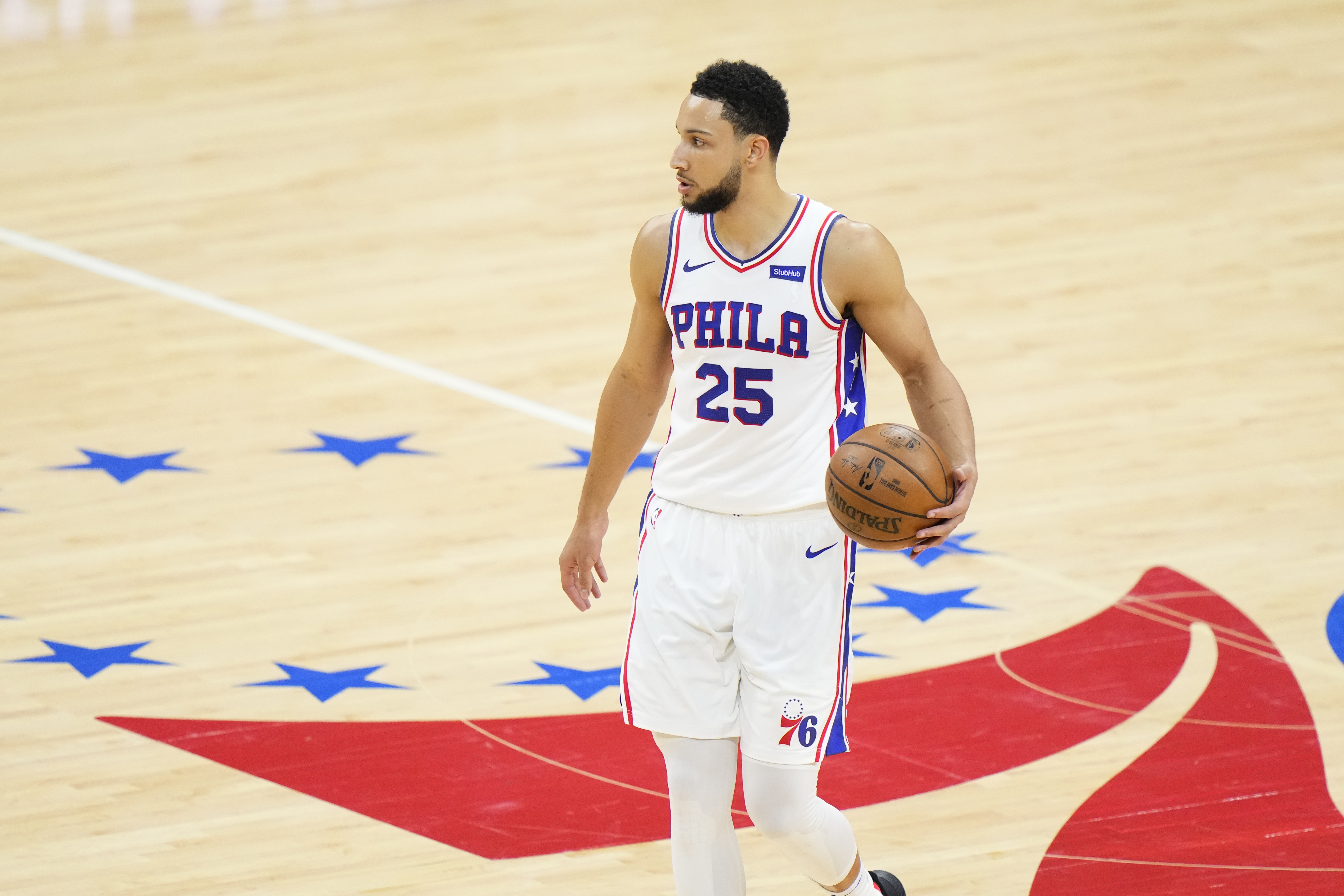 Should the 76ers trade Ben Simmons? NBA executives weigh in