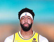 Anthony Davis available for Lakers